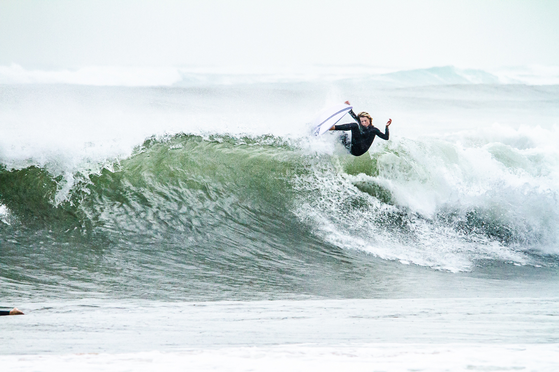 Surfing, Collaroy, Australia