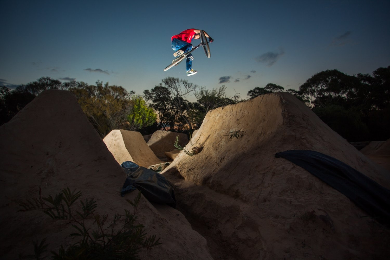 Oliver Kristevic, sunset session, Redhill dirt jumps. Sydney